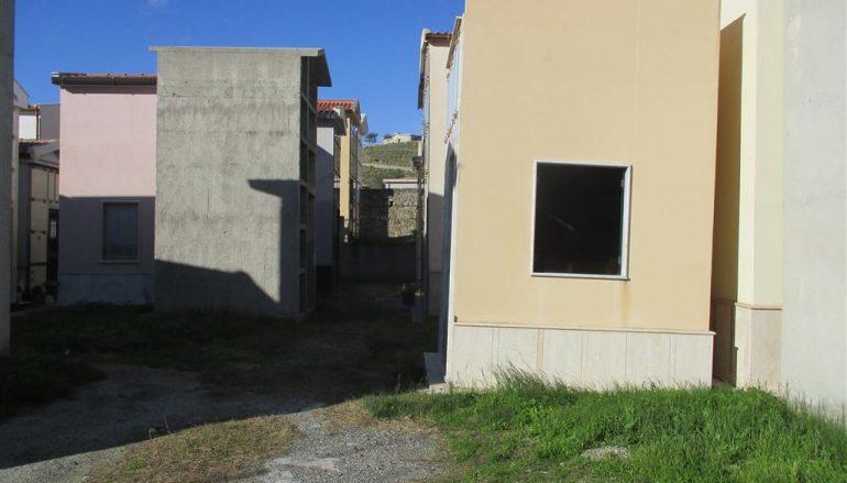 Cimitero a Melito di Porto Salvo, illusione ottica o realtà?