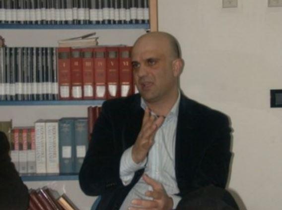 Maltrattava i bambini, sospesa insegnante di Reggio Calabria