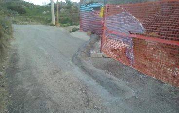 Lazzaro, pericoloso cordolo costruito a Paolia