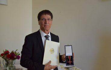 Al calabrese Michele Borrelli l'Onorificenza di Cavaliere dell'Ordine al Merito
