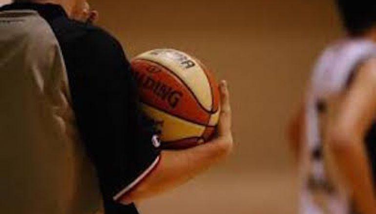 """Basket, Fip Calabria: """"Pullulano gli iscritti ai corsi di Arbitro"""""""