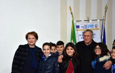 """Don Luigi Ciotti incontra gli alunni dell' I.C. """"Megali Melito Roccaforte"""""""