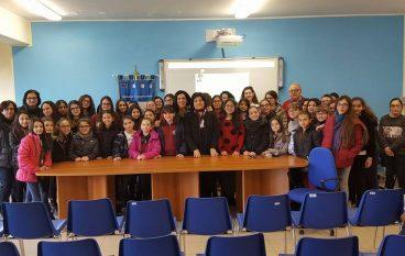 """Montebello Jonico, svolto evento """"La scuola si tinge di rosa"""""""