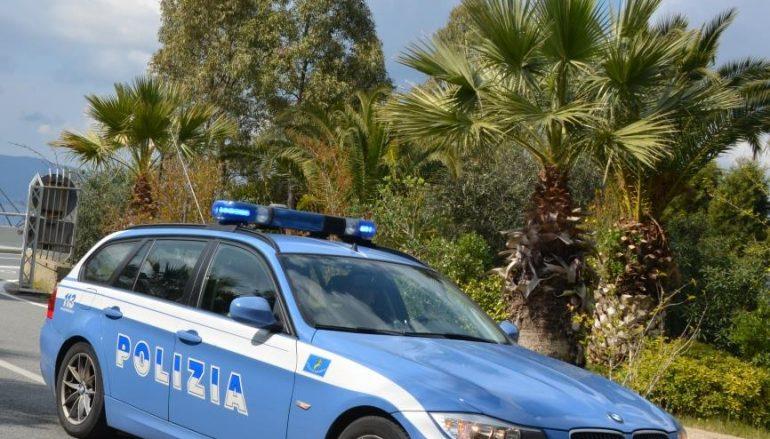 Melito, avevano in auto gioielli rubati: denunciati due rumeni