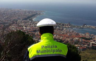 Reggio Calabria, simula infortunio in area pubblica: deferita 35enne