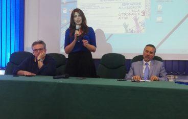 """Don Ennio Stamile, il progetto """"Giovani dentro, giovani fuori"""" si estenda su tutta la regione"""