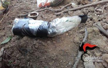 Oppido Mamertina, fabbricava armi in casa: arrestato 82enne
