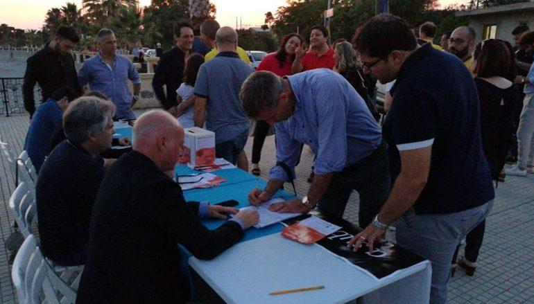 Melito, la Carovana per la Giustizia raccoglie 150 firme