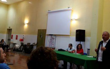 """Il giornalista Michele Albanese ha incontrato gli allievi del """"Pizi"""" di Palmi"""