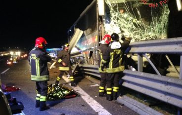 Due incidenti a Cosenza, tragedia sull'A2