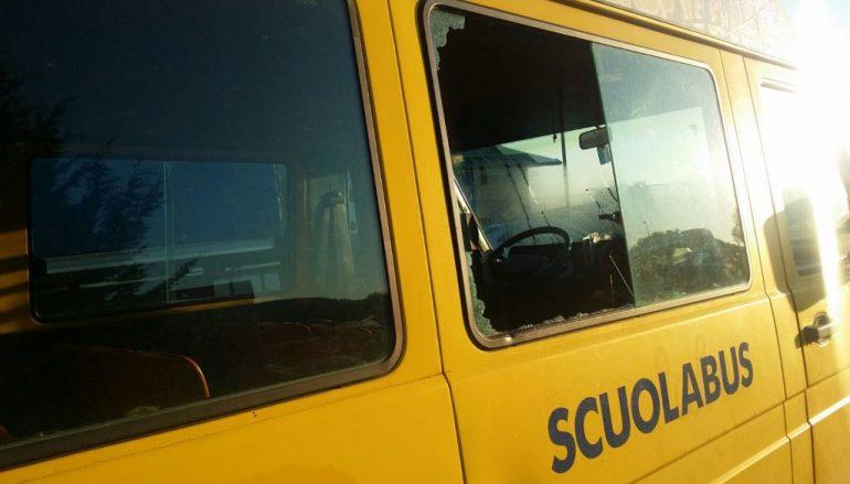 Crosia furto scuolabus e rapina in ipermarket