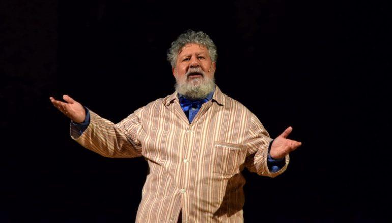 Lello Arena incanta il Teatro Grandinetti di Lamezia