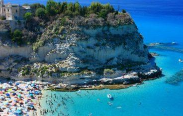 Spiaggia di Tropea al secondo posto tra le più belle d'Italia