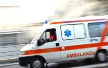 Incidente Reggio Calabria, auto sbanda