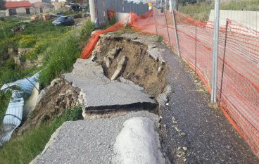Frana a Paolia di Lazzaro, ulteriori smottamenti di strada