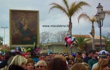 Maria SS di Porto Salvo, la Processione per le vie di Melito