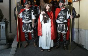 Via Crucis Simeri, il borgo diventa il Golgota per la Passione di Gesù