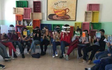 """""""Una Biblioteca per amica"""" nella scuola di Roghudi"""