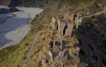 Esplorando il Castello Ruffo Amendolea