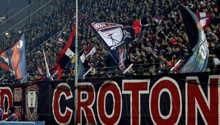 Il Crotone promosso in Serie A. Decisiva la vittoria a Livorno
