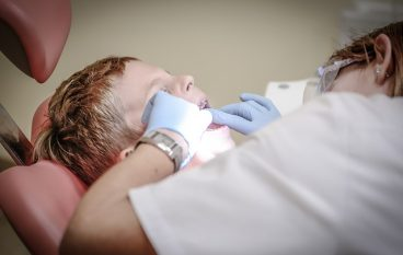Quando portare il bambino dal dentista?