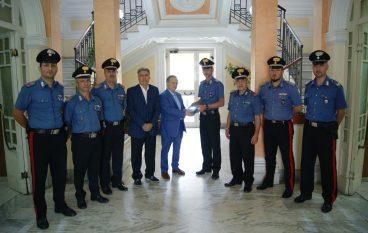 Donato defibrillatore ai Carabinieri di Palmi