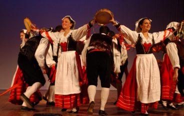 Serata Folk a Lazzaro, tra musiche e danze
