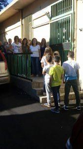 Scuola Roccaforte chiusa - la protesta