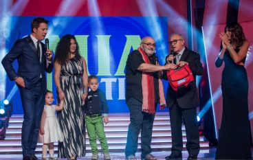 Premio Mia Martini dona defibrillatore a Bagnara