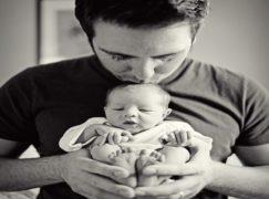 Il papà e il suo bambino, il percorso che lo vedrà abbracciare il proprio figlio