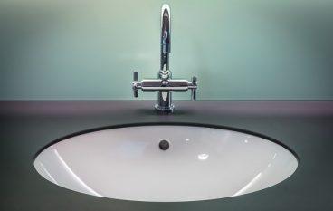 Rubinetteria bagno, come pulirla correttamente