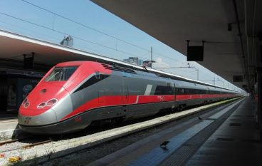 Frecciargento Roma – Reggio mai in orario, interviene l'Udicon