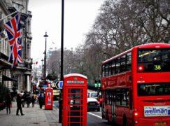 Dalla Calabria a Londra, i giovani continuano a partire