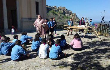"""Il Reparto Pegaso """"adotta"""" il borgo di Brancaleone Vetus"""