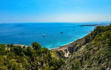 Vacanza al mare al di là dello Stretto: in Sicilia le destinazioni più low cost