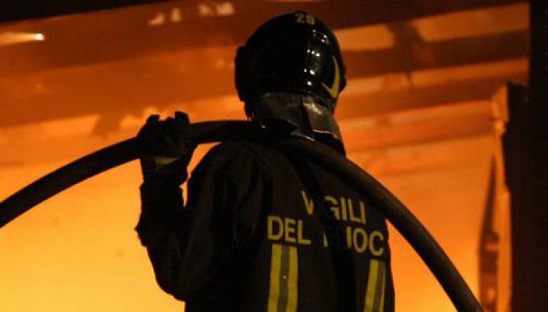 Incendiato bar a Reggio Calabria, due intimidazioni in un mese