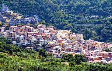 """Calpestata la storia di Lamezia Terme"""