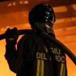 Isola ecologica di Lorica distrutta dalle fiamme