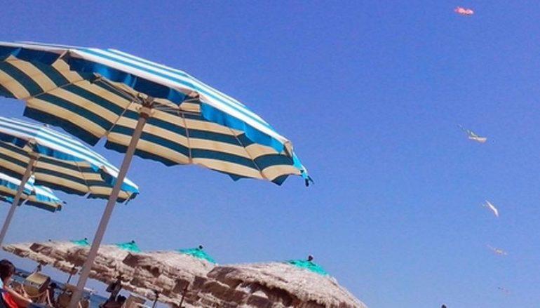 Bambino disperso in spiaggia a Cropani: ritrovato
