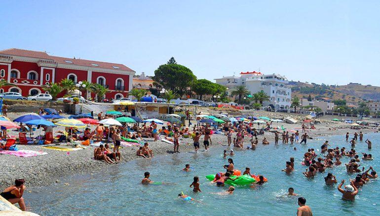 Spiaggia di Lazzaro, purezza delle acque ed integrità ambientale
