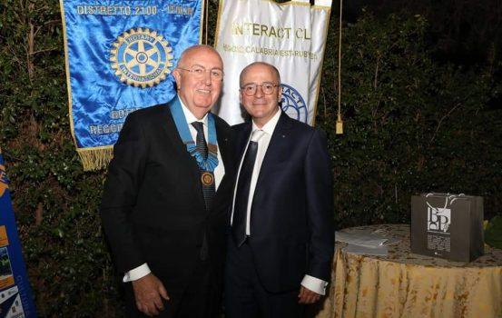 Rotary club Reggio Calabria Est, passaggio di Collare