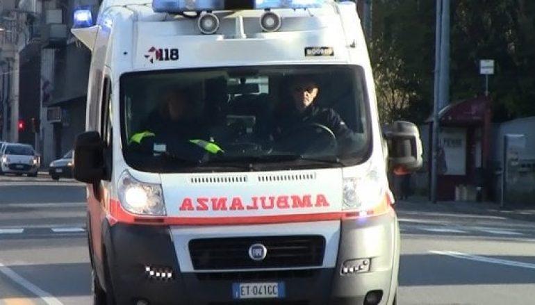 Incidente Lamezia Terme, due auto in fiamme