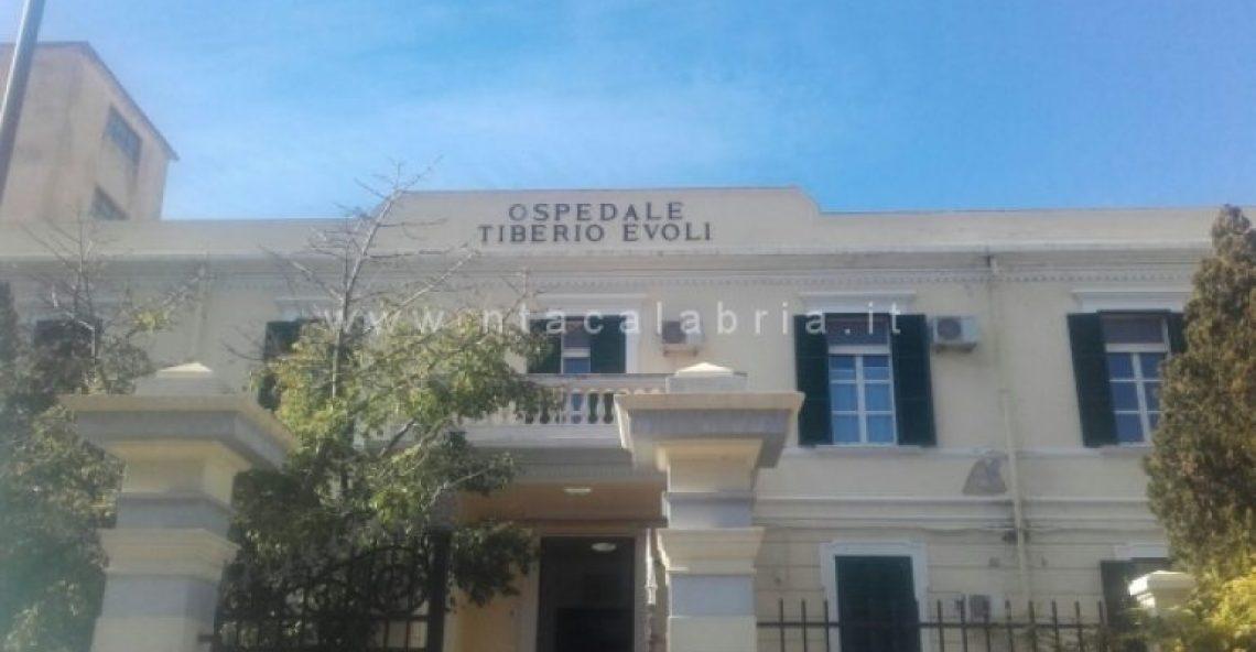 L'ASP dorme, il Presidio Ospedaliero Tiberio Evoli affonda