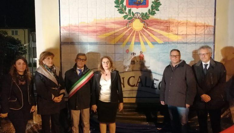 Brancaleone (RC) Intitolata a una stele in memoria di Lorenzo e Gilla Pipolo