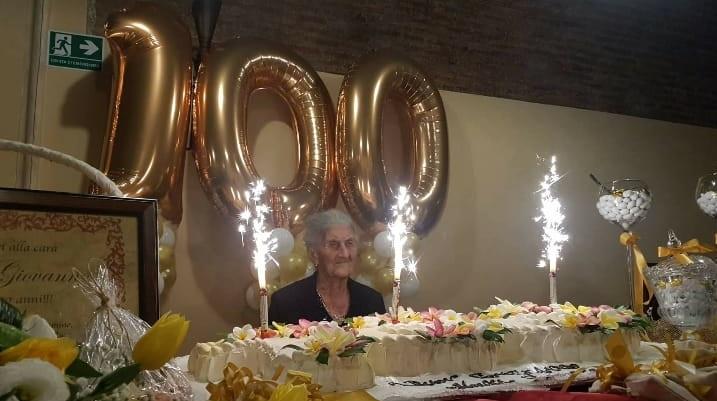 Centenaria ad Annà