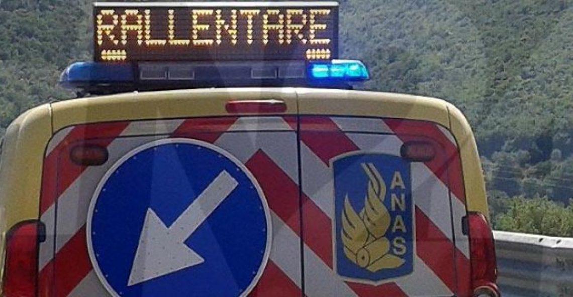 Incidente stradale a Vibo Valentia sulla Statale 18, due feriti