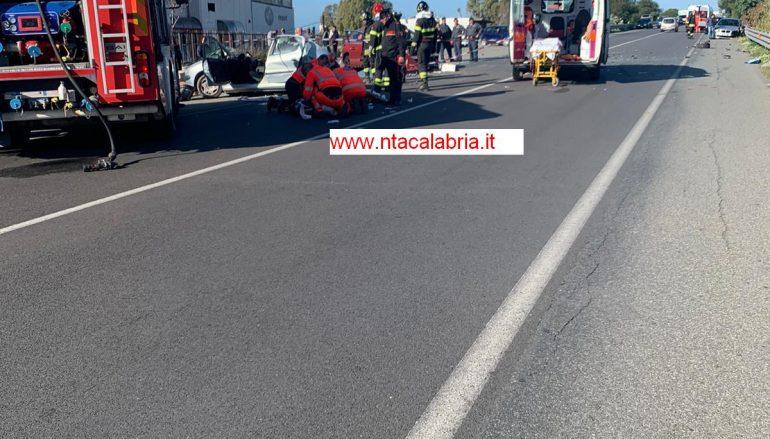 SS 106 – Melito Porto Salvo – due morti e quattro feriti – aggiornamento
