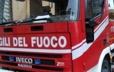 Auto cade in mare a Villa San Giovanni