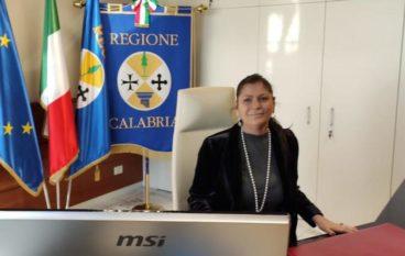 """Ordinanza """"riapertura bar e ristoranti"""" in Calabria, il Tar accoglie il ricorso"""