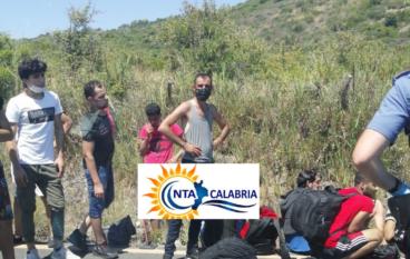 Ultim'ora: Sbarco di migranti a Bianco (Rc)